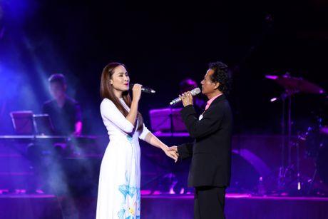 MC Nguyen Cao Ky Duyen 'muon lam vo 5 cua Che Linh' - Anh 8