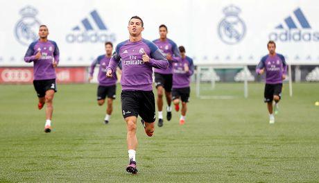 Ronaldo miet mai tap luyen nham giai con khat ban thang - Anh 2