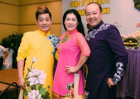 Hong Van, Minh Nhi nhan cat-xe ngang nhau o game show - Anh 1