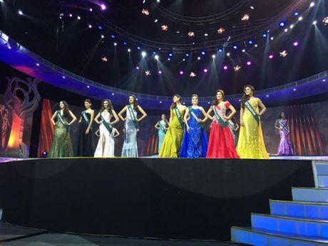 Nam Em lot top 8 cuoc thi Miss Earth 2016 - Anh 2