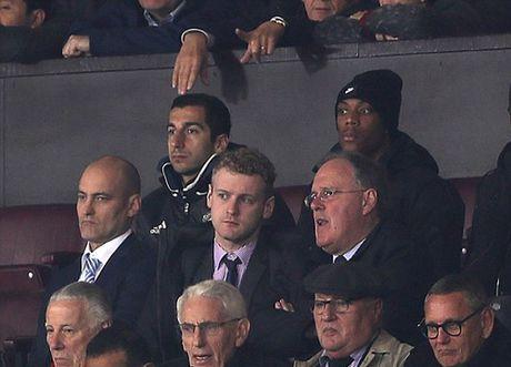 Mourinho khang dinh Mkhitaryan se khong 'mat tich' nhu Di Maria va Willian - Anh 1