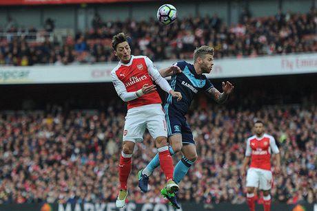 Sunderland - Arsenal: Ban ha 'Meo den' - Anh 1