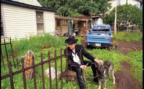 Bob Dylan lan dau tien len tieng ve giai Nobel Van hoc - Anh 2