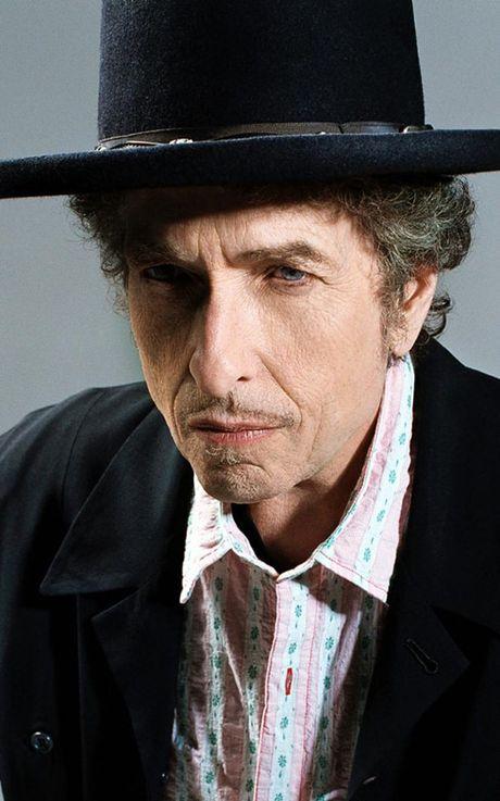 Bob Dylan lan dau tien len tieng ve giai Nobel Van hoc - Anh 5