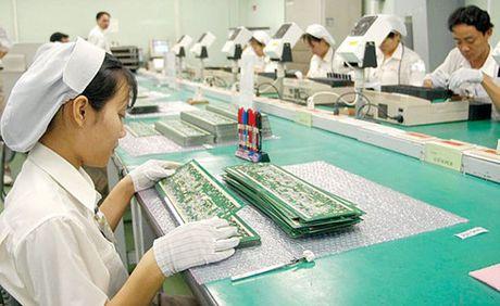 Viet Nam xuat sieu 3,52 ty USD trong 10 thang - Anh 1