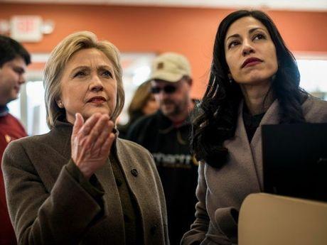 FBI chua co giay phep dieu tra Hillary Clinton - Anh 1