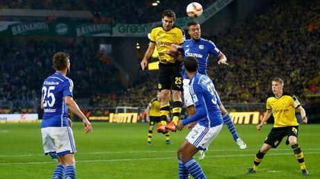 Aubameyang vo duyen, Dortmund khong the co 3 diem trong tran derby vung Ruhr - Anh 1