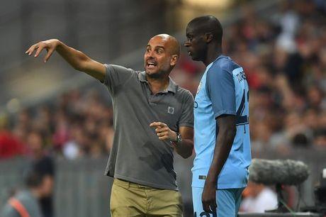 'Pep Guardiola chi muon kiem soat cau thu' - Anh 1