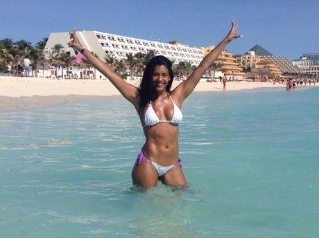 Rocio Miranda - nu van dong vien bong chuyen boc lua cua Peru - Anh 7