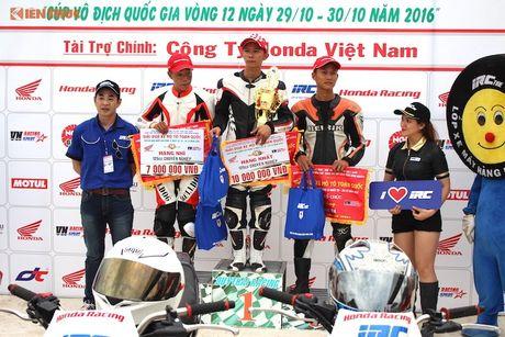Hon 50 xe may Honda Viet 'dua nong' tai Binh Duong - Anh 16
