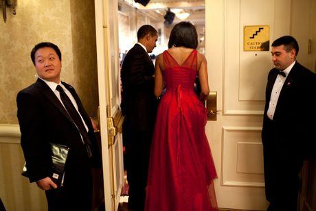 Ngam phong cach thoi trang hang hieu cua phu nhan ong Obama - Anh 3