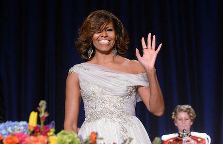 Ngam phong cach thoi trang hang hieu cua phu nhan ong Obama - Anh 8