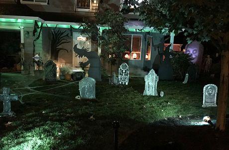 Khong khi ron rang le hoi Halloween tren khap the gioi - Anh 13