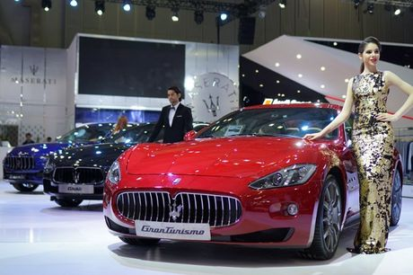 Kham pha 4 xe sang Maserati ve Viet Nam - Anh 1