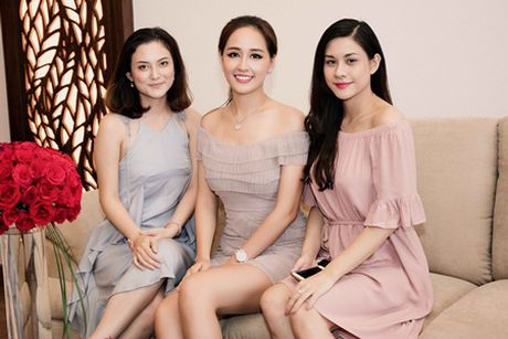 Mai Phuong Thuy khoe chan dai eo thon, dap tan tin don dang dep nho photoshop - Anh 8