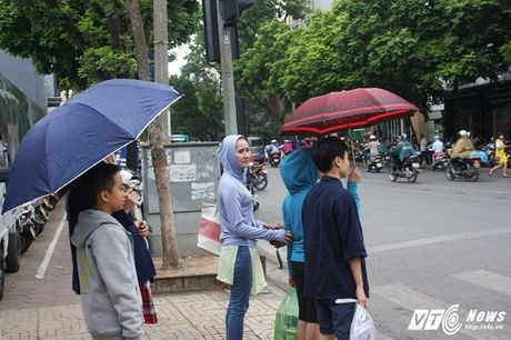Chum anh: Nguoi Ha Noi co ro don gio lanh dau mua - Anh 3