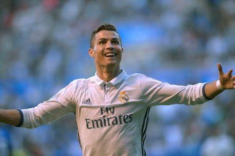 Ronaldo lap hat-trick, Real len ngoi dau - Anh 2