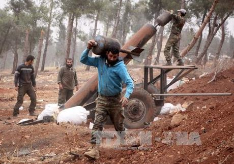 Phe doi lap Syria su dung khi doc o Aleppo - Anh 1