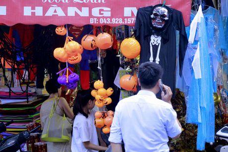 Do kinh di, bao luc tran lan truoc them Halloween - Anh 10