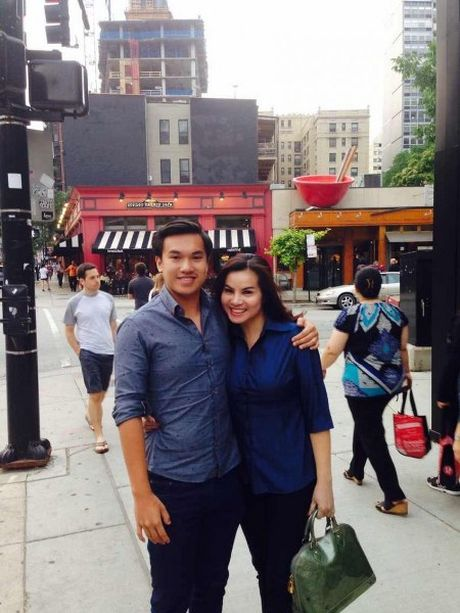 Hoa hau Kim Hong lan dau chia se ve viec ly hon voi doanh nhan bat dong san - Anh 3