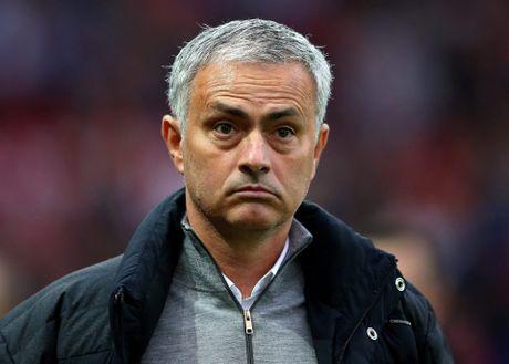 Thong ke o M.U: Jose Mourinho con toi te hon ca David Moyes - Anh 1