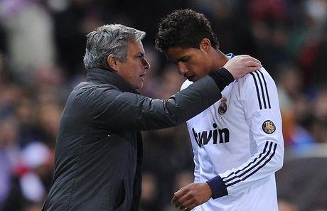 Mourinho muon dua hoc tro cu o Real Madrid ve Old Trafford - Anh 4