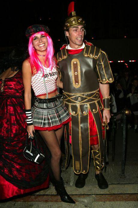 53 bo trang phuc Halloween dep nhat cua cac ngoi sao Hollywood - Anh 24