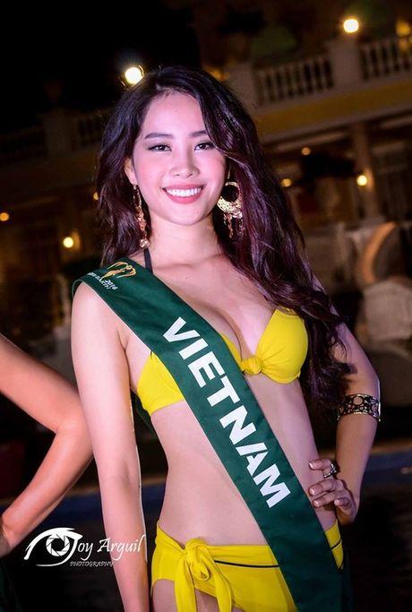 Nam Em gap su co phien dich, dung chan o Top 8 Hoa hau Trai dat - Anh 5