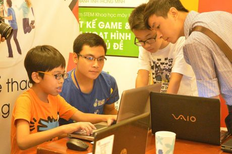 25 hoc sinh Ha Noi se du thi lap trinh quoc te WeCode 2016 tai Indonesia - Anh 1