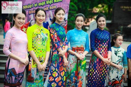 Do sac loat nguoi dep Hoa hau, A hau Viet Nam khi cung dien ta ao dai - Anh 11