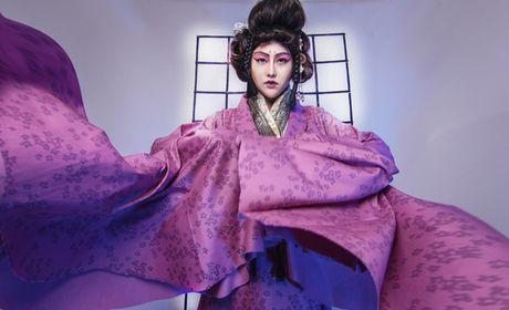 Phi Thanh Van dien kimono, hoa nang geisha - Anh 1
