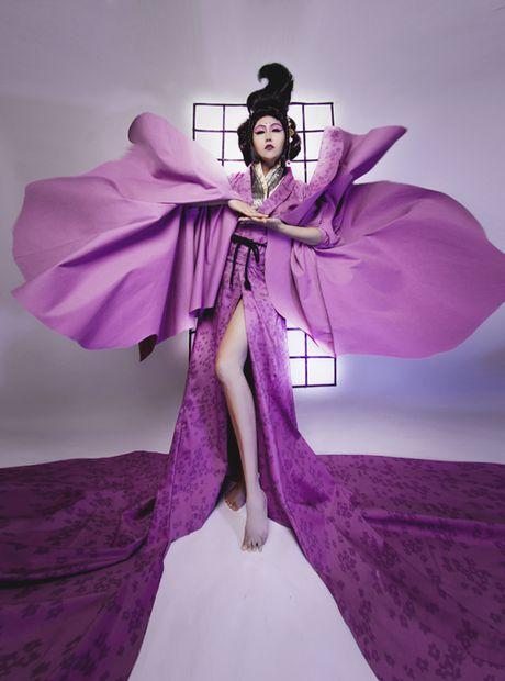 Phi Thanh Van dien kimono, hoa nang geisha - Anh 3