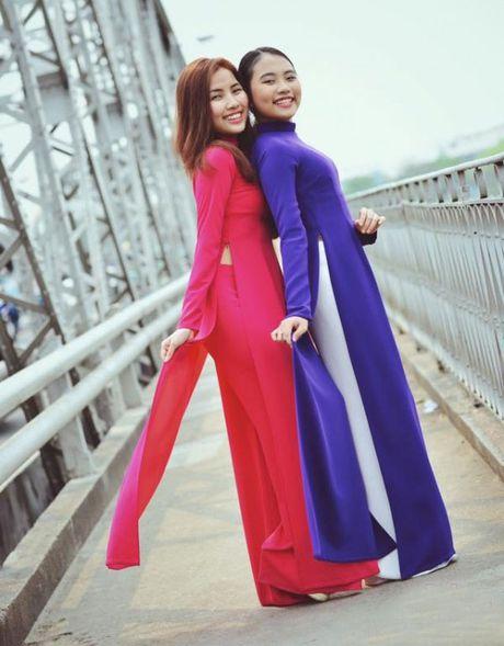 Bat ngo voi chi gai ruot cua be Phuong My Chi - Anh 4