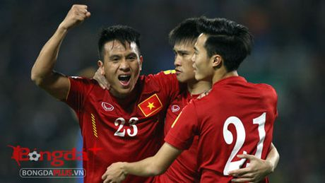 Hau ve Dinh Hoang lo AFF Cup vi chan thuong - Anh 1