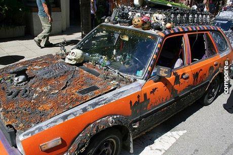 Ron nguoi ngam xe hop phong cach Halloween kinh di - Anh 12