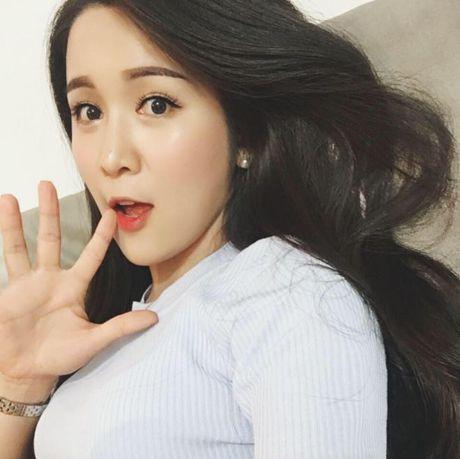 Nhung guong mat ngoai quoc dang 'tan cong' showbiz khien sao Viet phai de chung - Anh 10