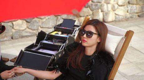 Hoang Thuy Linh - nang Chun Song Yi dich thuc cua showbiz Viet - Anh 12