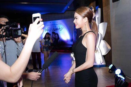 Hoang Thuy Linh - nang Chun Song Yi dich thuc cua showbiz Viet - Anh 7