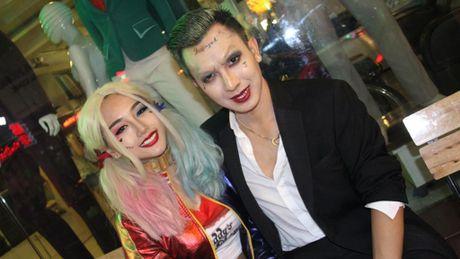 'Thay ma' xinh dep nao dong pho Tay, nguoi Sai Gon giat minh trong Halloween - Anh 1