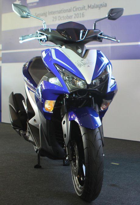 Chi tiet Yamaha NVX - xe tay ga thay the Nouvo - Anh 2