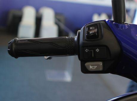 Chi tiet Yamaha NVX - xe tay ga thay the Nouvo - Anh 8