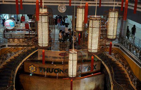 Nhung ten tuoi noi tieng gan voi pho di bo Nguyen Hue - Anh 4