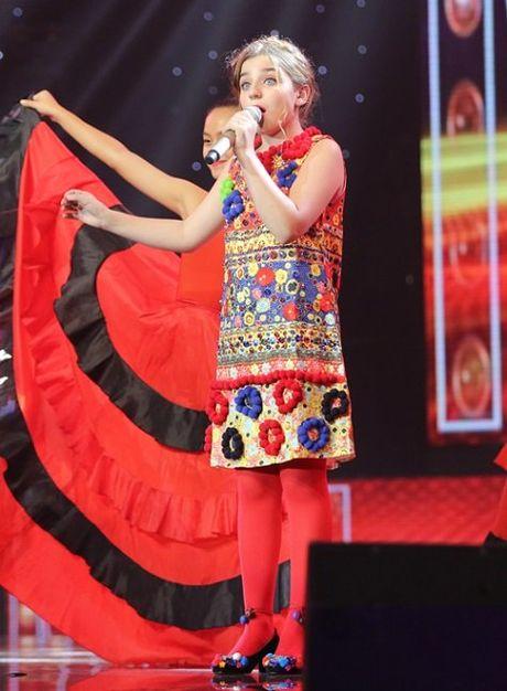 Hoc tro Dong Nhi dang quang Giong hat Viet nhi 2016 - Anh 1