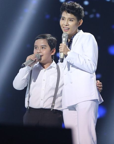 Hoc tro Dong Nhi dang quang Giong hat Viet nhi 2016 - Anh 7