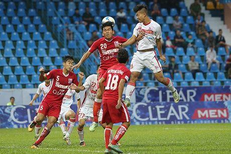 Ha HAGL tren cham 11m, Khanh Hoa vao chung ket U21 QG - Anh 1