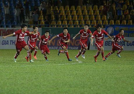 Ha HAGL tren cham 11m, Khanh Hoa vao chung ket U21 QG - Anh 2