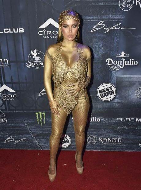 Halloween: Mariah Carey 'thanh' ac quy, Katy Perry 'hoa' Hillary Clinton - Anh 12
