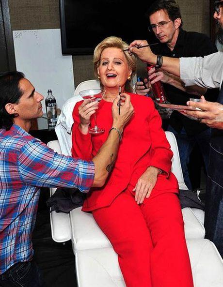 Halloween: Mariah Carey 'thanh' ac quy, Katy Perry 'hoa' Hillary Clinton - Anh 8