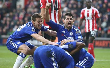 Southampton – Chelsea: Thang la vao top 4 - Anh 1