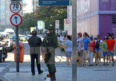 Bao luc tai Brazil: Trung binh cu 9 phut co mot nguoi bi giet - Anh 1